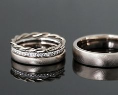 Uloveido Titanium His and Hers Engagement Wedding Bands Ring Set for Him and Her A Pair of Charm Love Forever Anniversary Rings Set for Men Women with Black Gift Bag – Fine Jewelry & Collectibles Wedding Rings Simple, Wedding Rings Vintage, Unique Rings, Vintage Rings, Wedding Bands, Vintage Jewelry, Memory Ring, Ring Verlobung, Anniversary Rings