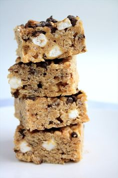 Use Rice Krispies, peanut butter, chocolate chips and marshmallows to make these treats.