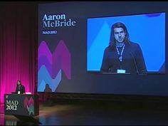 Aaron McBride en MADinSPAIN 2012, en el Palacio de Congresos de Madrid el 14 de abril de 2012. MADinSPAIN es un evento internacional de diseño organizado por Domestika. http://www.madinspain.com – http://domestika.org