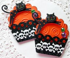 Halloween Paper Cupcake Embellishments-Set of 2 Halloween Paper Crafts, Halloween Tags, Halloween Projects, Cupcake Card, Paper Cupcake, Halloween Scrapbook, Candy Cards, Scrapbook Embellishments, Fall Cards