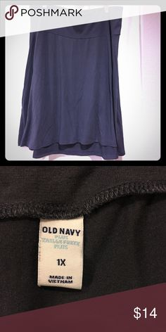 """• Old Navy • Steel-Blue/Gray Cotton Skirt This soft, cotton skirt features a wide waistband with sturdy elastic, and moves with you as you walk. The back hem falls slightly lower (about 1"""") than the front, which falls above the knee. Like new, worn once. No damage. Machine-washable. Smoke-free home. Old Navy Skirts"""