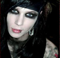 Andy Biersack......my love!!