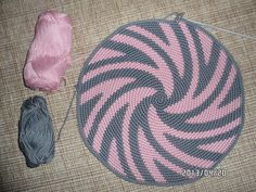 Marvelous Crochet A Shell Stitch Purse Bag Ideas. Wonderful Crochet A Shell Stitch Purse Bag Ideas. Crochet Shell Stitch, Crochet Motif, Crochet Stitches, Knit Crochet, Crochet Handbags, Crochet Purses, Crochet Bags, Mochila Crochet, Tapestry Crochet Patterns