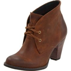 Love the simple, clean lines of this brown ankle bootie.  Would be awesome with skinny jeans or a blue-jean skirt.