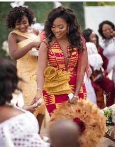 Find the latest and stylish kente styles here on african fashion and lifestyles. Get these 10 stylish kente styles and more in one glance. African Lace Dresses, Latest African Fashion Dresses, African Print Fashion, African Wedding Attire, African Attire, African Wear, Ghana Wedding Dress, African Print Dress Designs, Kente Dress