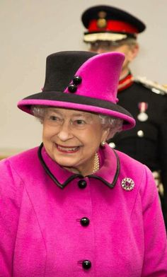 10/31/13 Queen Elizabeth visits New Haven in East Sussex England.