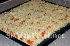 Meruňkový koláč s drobenkou Cake Recipes, Oatmeal, Food And Drink, Sweets, Bread, Breakfast, Fashion, Deserts, The Oatmeal