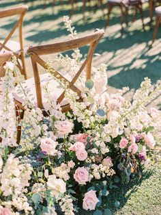 15 Modern Pastel Wedding Color Ideas That Prove Why We're Still Obsessed {Imoni Events} Aisle Flowers, Wedding Ceremony Flowers, Wedding Ceremony Decorations, Wedding Flower Arrangements, Flower Decorations, Wedding Bouquets, Wedding Aisles, Aisle Decorations, Wedding Dresses