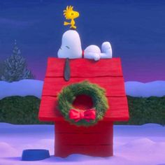 Snoopy, Woodstock and Charlie Brown Star in New Trailer for The Peanuts Movie! Watch Now