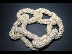 How to Make a Twisted Tubular Herringbone Bicone Bracelet Tutorial Colar, Necklace Tutorial, Jewelry Patterns, Beading Patterns, Beaded Jewelry, Beaded Bracelets, O Beads, Beaded Crafts, Bead Crochet