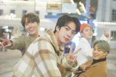 My babies 😍😍😍😍 Foto Bts, Bts Photo, Bts Jin, Bts Bangtan Boy, Jimin Jungkook, Taehyung, Seokjin, Bts Memes, K Pop