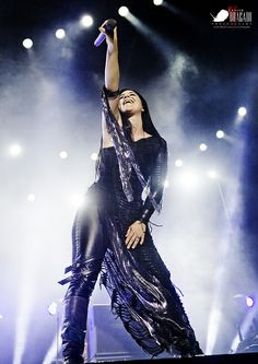 Amy Lee of Evanescence by Javier Bragado Rainha Do Rock, Snow White Queen, Bring Me To Life, Amy Lee Evanescence, Women Of Rock, Halestorm, Women In Music, Three Days Grace, Breaking Benjamin