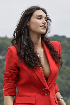 Gorgeous Teen, Beautiful Girl Indian, Beautiful Girl Image, Fashion Photo, Fashion Models, Gal Gadot Wonder Woman, Hot Brunette, Girl Crushes, Pretty People
