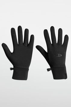 Our insulated & breathable merino wool gloves are perfect for keeping your hands warm in any condition. Shop women's gloves and mittens today at icebreaker. Wool Gloves, Mens Gloves, Mitten Gloves, Mittens, Cool Gifts, Best Gifts, Touch Screen Technology, Gifts For Runners, Icebreaker