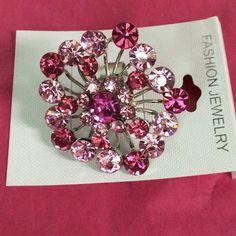 Blooming flower rhinestone ring Blooming flower rhinestone ring. Pink and hot pink. Jewelry Rings