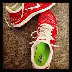 erstaunlich Damen Nike Air Max Advantage Grau Sportschuhe am