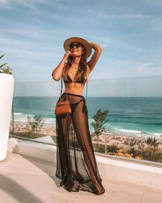Beautiful Bikinis, Summer Outfits, Bikini models to rock this summer at VERY discount. Outfit Strand, Mode Du Bikini, Summer Outfits, Cute Outfits, Pool Party Outfits, Beach Vacation Outfits, Party Outfit Summer, Cancun Outfits, Outfit Beach