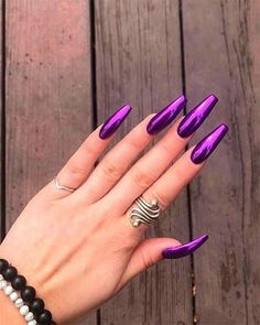 The Best Chrome Nail Ideas to Copy Long Purple chrome coffin nails design Purple Chrome Nails, Purple Acrylic Nails, Best Acrylic Nails, Acrylic Nails Chrome, Gold Chrome, Sexy Nails, Fancy Nails, Gorgeous Nails, Pretty Nails