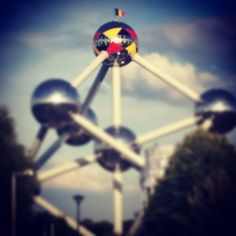 For the motherland! #bx #brussels #atomium #fifawc #worldcup #belgium #belgianreddevils #atomium #bruxelles #brussels #brussel #expo #exposition #expo58 #58 #exhibition #tentoonstelling #musée #museum #musea #visite #visit #bezoek #tourism #tourisme #toerism #attraction #attractie #atomium #architecture #architectuur #fifties #atomic #atomicage #spaceship #tube #sphere #stairs #design #whattodo #quefaire #wattedoen #top #art #landmark #symbol #symbole #symbool #panorama