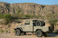 Desert Tan FJ45 Toyota Land Cruiser Trail Rig Offroad 4wd