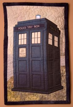TARDIS quilt!  Maybe it should go on my quilt board?