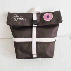 @couture_power sur Instagram: Lunch bag isotherme realisé en toile à sac chocolat et matière à bulles isotherme @lamerceriedescreateurs. Merci @ananousln pour ta…