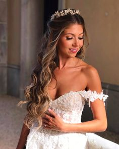 Wedding Hair Down Galia Lahav Gia 6 Sweet 16 Hairstyles, Quince Hairstyles, Wedding Tiara Hairstyles, Quinceanera Hairstyles, Bride Hairstyles, Down Hairstyles, Ciara Hairstyles, Classic Wedding Hair, Wedding Hair Down