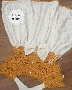 Adım adım biten takım 🎀🌸🎀🌸 . . . 💌 Bilgi ve sipariş için DM (mesaj) yazın lütfen 🙏🏻 💌 . . #nurknitting #knitdress #kastırmalıyelek…