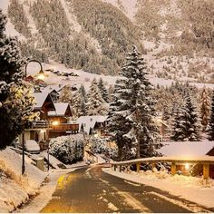 White Calm Mountains...Switzerland�� by @dotzsoh ° ° @earth.is.paradise ° #nature #naturelovers #sand #cold #mountain #snow #dotzsoh #crystal #sunset #atardecer #naturaleza #hotel #luxury #pool #ceo #sea #entrepreneur #money #cash #empire #increible #wonderful #enjoy #travelgram #travel #travelling #adventure #explore #enjoy #sun #empire #hot http://tipsrazzi.com/ipost/1504641195137520901/?code=BThjzHul1UF