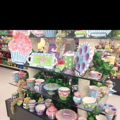 More cupcake stuff at hobby lobby