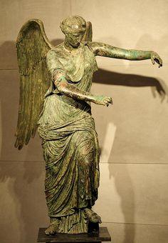 Winged Victory. Bronze. 1st century CE. H. 200 cm. Inv. No. MR 369. Brescia, Santa Giulia Civic Museum. (Photo by I. Sh.).