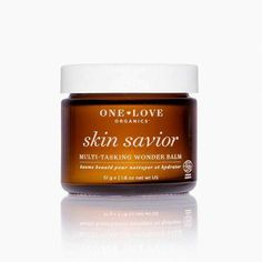 10 Best Natural & Organic Face Moisturizers For Every Skin Type // The Good Trade // #natural #organic #naturalskincare #organicskincare #naturalbeauty #organicbeauty #moisturizer #SaltFaceScrub Organic Face Moisturizer, Anti Aging Moisturizer, Moisturizer With Spf, Homemade Moisturizer, Organic Face Products, Organic Skin Care, Skin Products, Organic Beauty, Beauty Products
