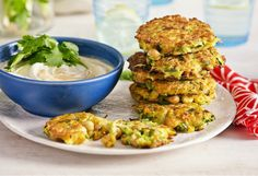 Chickpea and Zuchinni Fritters Infused with mint, each bite packs a light and zesty zing of flavour. Vegetable Cake, Vegetable Dishes, Vegetable Recipes, Vegetarian Recipes, Healthy Recipes, Vegan Recepies, Lunch Recipes, Yummy Recipes, Chickpea Fritters