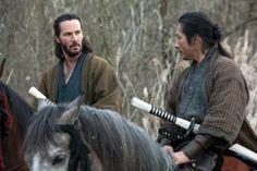 Keanu Reeves' '47 Ronin' bombing: Universal prepares for major loss