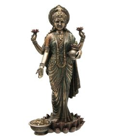 Goddess Of Wealth | ... Culture: Devi Lakshmi, The Goddess of Wealth, Prosperity and Love