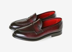 Top Quality Handmade Ox Blood Penny Loafers for Men Leather Shoes Formal Men Shoes Material: A Grade 100 % pure leather, A grade cowhide leather upper and full leather lining inside. These shoes are totally handcraft. Mens Leather Loafers, Leather Slip Ons, Cow Leather, Cowhide Leather, Loafers Men, Suede Leather, Leather Shoes, Design Your Own Shoes, Custom Boots