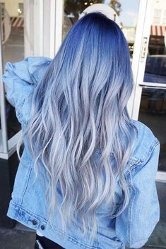 ❤ Want to pull off blue black hair? Dark blue balayage for long hair, jet black hair color with midnight blue highlights for medium length, ideas for short hair, and useful tips are here! ❤ Blue Black To Grey Ombre Blue Black Hair Color, Light Blue Hair, Blue Ombre Hair, Grey Ombre, Dark Blue, Blue Colors, Short Ombre, Black Hair With Blue Highlights, Pastel Hair