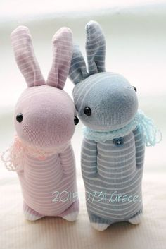 Cute sock bunnies.  No directions or patterns, but you can probably figure it out if you sew.
