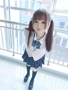 Fitness Asian Teen | 312x235