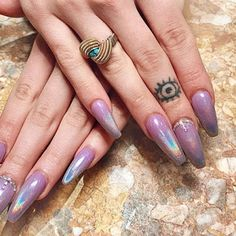 Gorgeous Ombre Acrylic Coffin Nails To Wear Vibrant Nail Colors - Eazy Vibe Gold Nail Art, Marble Nail Art, Silver Nails, Nude Nails, Matte Nails, Coffin Nails, Chrome Nails Designs, Nail Designs, Nail Tape