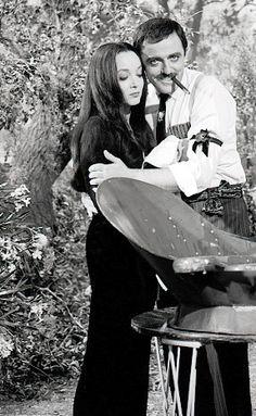 The Addams Family 1964, Addams Family Tv Show, Adams Family, Los Addams, Morticia And Gomez Addams, Charles Addams, Tv Movie, Carolyn Jones, The Munsters