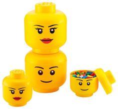 De Lego Head opbergbox is vervaardigd van geel kunststof en heeft de vorm van legohoofdje. De afmetingen van de bewaardoos zijn 16 x 16 x 19,5 cm (l x b x h). Gebruik de doos voor het opbergen van speelgoed, kleine spulletjes of als decoratie. Verkrijgbaar in jongen en meisje.