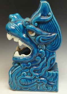 16th Century Rare Turquoise Glazed Sculpture. A rare Chinese porcelain sculpture of a dragon head, in turquoise glaze, and excellent condition. This sculpture is 11 inches tall and 6 inches wide, from the 16th Century, Ming Dynasty.