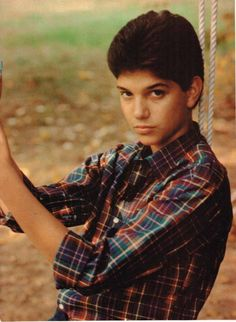 Ralph Macchio John Taylor pinup Daniel Karate Kid, The Karate Kid 1984, Karate Kid Movie, Karate Kid Cobra Kai, The Outsiders Johnny, Ralph Macchio The Outsiders, Ricky Schroder, John Schneider, Kids Series