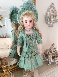 Beautiful antique silk size 9 Bru dress with hat by.marsjadoll