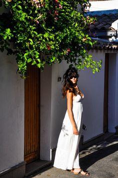 Riparo tra i vicoli. by Marta Cantarella on @Sbaam http://sba.am/6tute47co6u