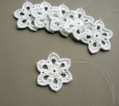 6 Crochet Christmas Ornaments -- Small Snowflake T36, in White
