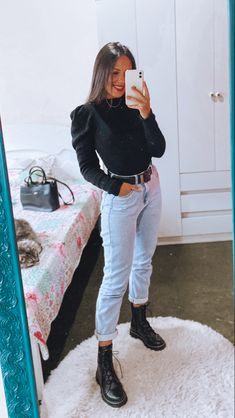 Black Mom Jeans Outfit, Mom Jeans Outfit Summer, Mom Jeans Style, Jeans Outfit Winter, Outfit Jeans, Black Jeans, Cute Fall Outfits, Casual Winter Outfits, Mom Outfits