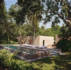 above ground pool. The quiet lap pool amidst trees, peaceful and simple. Pool Indoor, Outdoor Pool, Outdoor Gardens, Indoor Outdoor, Outdoor Living, Above Ground Pool, In Ground Pools, Raised Pools, Piscina Rectangular