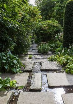 42 Amazing DIY Garden Path and Walkways Ideas collecting of interesting and creative garden path design ideas provides great inspirations for improving yard landscaping and garden design Garden Steps, Diy Garden, Garden Cottage, Dream Garden, Garden Paths, Garden Pond, Landscape Architecture, Landscape Design, Path Design